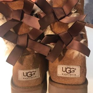 Child's UGG boots - Bailey Bows